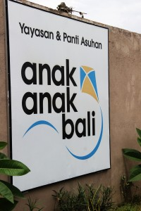 Anak-anak Bali cooperated with  70 foundations all over Bali