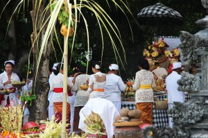 Preparing offerings on the yard of the village temple